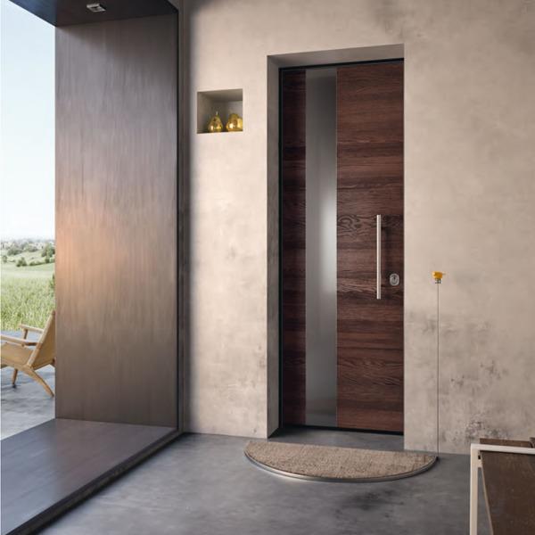 Garofoli - Porta blindata Sovrana con pannello esterno multistrato resistente agli agenti atmosferici e inserto in acciaio. Finitura rovere Wengè