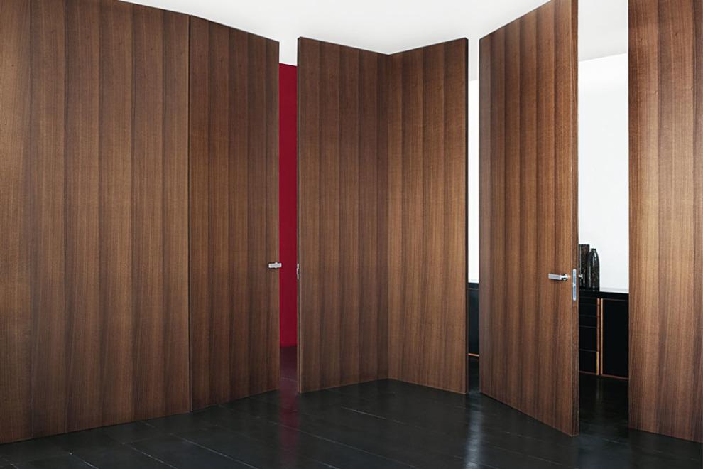 Wall & Door